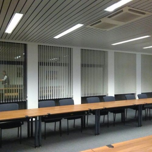 Lamas verticales para oficinas