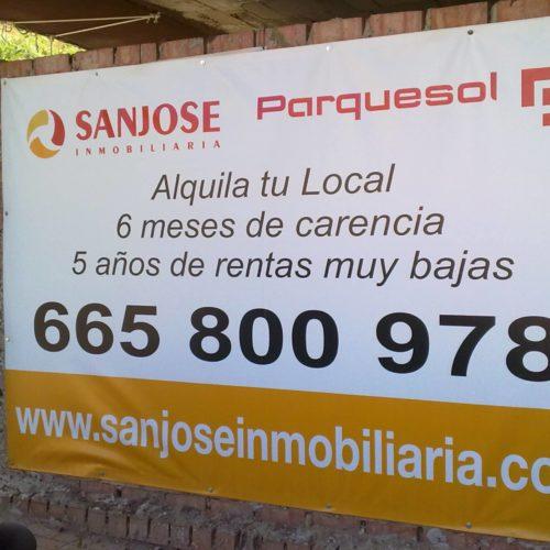 Instalación de lonas publicitarias en Sevilla