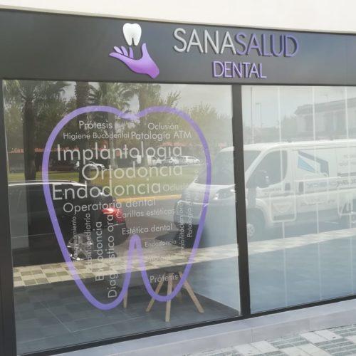 Instalación de vinilo al acido en Sevilla