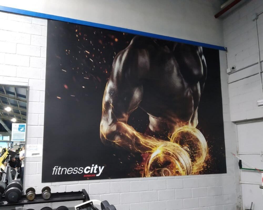 Proyecto Instalación Letras Corpóreas, vinilos y lonas - Fitness City 3